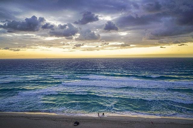 Der kilometerlange Strand von Cancun