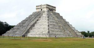 El Castillo von Chichen Itza