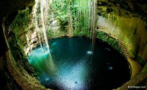 Cenote Sagrado - Chichen Itza