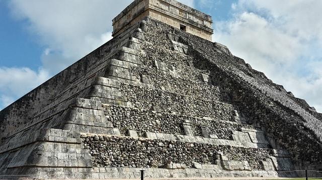 """Pyramide """"El Castillo"""" von Chichén Itzá"""